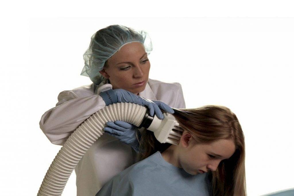 Вши и гниды в волосах у ребенка (педикулез): что делать, откуда берутся, лечение в домашних условиях