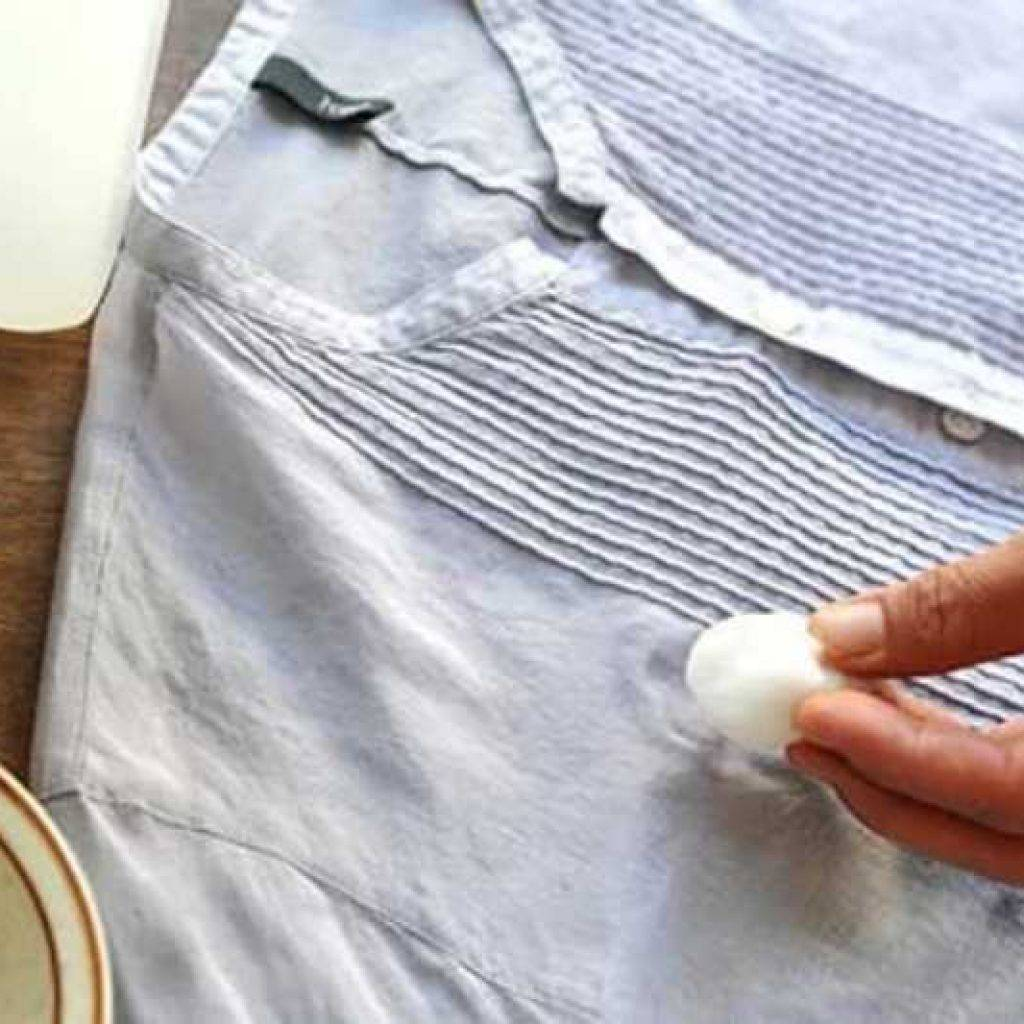 Советы хозяйкам: как убрать плесень с ткани
