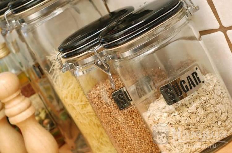 Как избавиться от моли пищевой в квартире: моль и личинки в крупах, продуктах