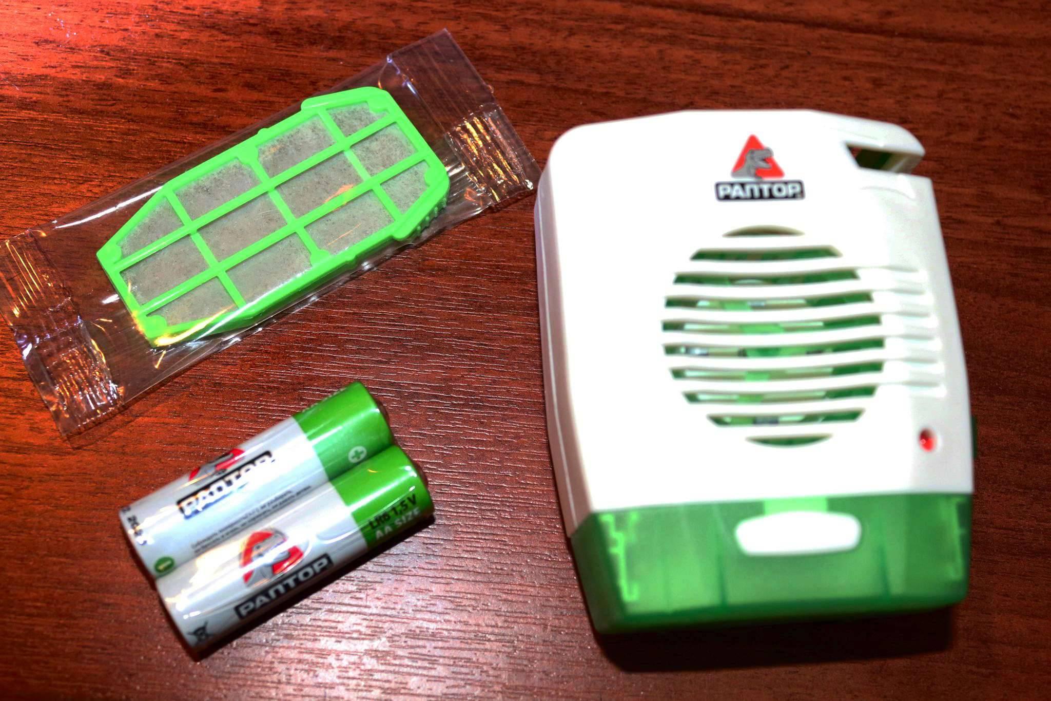 """❶ топ-3 фумигатора от тараканов: в розетку """"раптор"""", помогают ли пластины или жидкость, отзывы"""